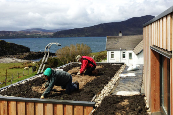 Supporting clients with an organic roof install on the Isle of Sky Rassay