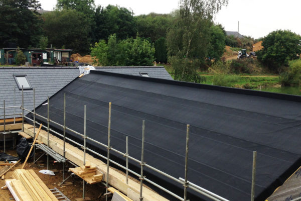 showing the waterproofing layer on tingrith lakes green roof
